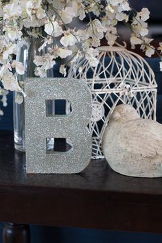 How to Make a Glitter Letter – Video Tutorial on http://frogprincepaperie.com