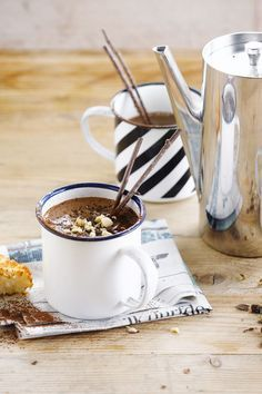 Nutty chocolate goodness in  a cup with this hot chocolate drink!  Meal of the day: drink - beverages - winter recipe. Suited for: vegetarian. Ingredients: cacao - dark chocolate - hazelnuts