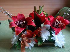 Christmas Wreaths, Floral Wreath, Holiday Decor, Home Decor, Christmas Swags, Homemade Home Decor, Flower Crowns, Holiday Burlap Wreath, Interior Design