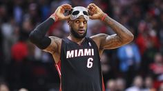 LeBron ditches mask without medical clearance