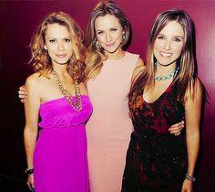 one tree hill girls - Haley/Quinn/Brooke