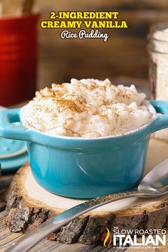 Creamy Vanilla Rice Creamy Vanilla Rice Pudding is the epitome of comfort food. This simple dessert made with just 2 ingredients is rich silky and utterly delicious! This recipe is so simple it just about cooks itself! Crockpot Rice Pudding, Rice Pudding Recipes, Creamy Rice Pudding, Breakfast Crockpot Recipes, Rice Puddings, Microwave Rice Pudding, Rice Recipes, Noodle Recipes, Köstliche Desserts