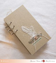 "Mini album ""Wedding Day"" by Laure (Tutoriel Inside) Laura Lee, Mini Albums Scrapbook, Mini Me, Boutique, Creations, Wedding Day, Blog, Mets, Notebooks"