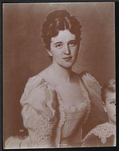 Consuelo's Aunt Eliza Osgood Vanderbilt Webb (1860-1936).