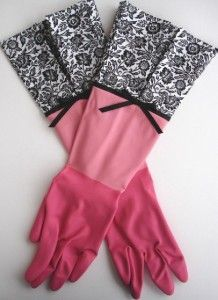 DE-LOVELY Dish Gloves - Pink Gloves with Black Floral Cuff ..... Size Large