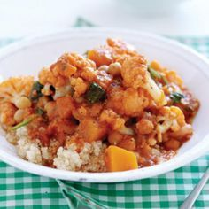 Pumpkin, cauliflower and spinach curry with quinoa