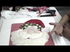 manualidades para navidad - patchword sin agujas  Parte 2 - YouTube Aqua, Christmas Decorations, Handmade, Youtube, Holiday Decorating, Handmade Christmas Crafts, Throw Pillows, Ideas, Christmas Crafts