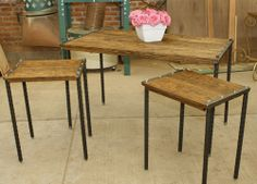 Tres mesitas de madera-hierro@hotmail.com Adorables! Somos muebles diferentes.