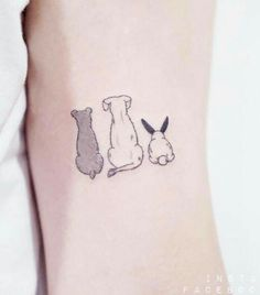 Chien mignon et tatouage de lapin - Piercings and Tattoos - [post_tags Bunny Tattoos, Rabbit Tattoos, Mini Tattoos, Body Art Tattoos, Small Tattoos, Cute Animal Tattoos, Tatoos, Piercing Tattoo, Piercings