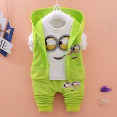 Nouveaux vêtements enfants printemps automne sport Minion Cartoon bébé garçons filles vêtements ensemble T Shirt + veste + pantalon enfants vêtements ensembles(China (Mainland))