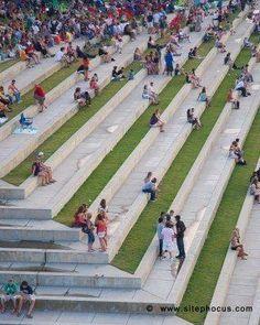 Concrete park benches 29 #landscapearchitectureconcrete