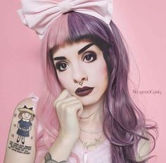 Melanie Martinez Style, Crybaby Melanie Martinez, Melanie Martinez Makeup, Adele, Cry Baby, Love Her Style, American Singers, Pretty Face, Music Artists