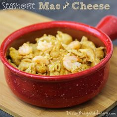 Cheesy and delicious, this mac and cheese features the addition of shrimp for some lean protein goodness! Mac Cheese Recipes, Macaroni N Cheese Recipe, Seafood Recipes, Cooking Recipes, Pasta Recipes, Cooking Tips, Dinner Recipes, Cauliflower Mac And Cheese, Side Dish Recipes