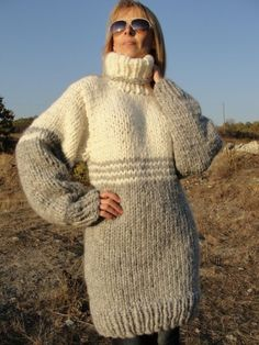 Thick Sweaters, Wool Sweaters, Sweaters For Women, Gros Pull Long, Big Knits, Mohair Sweater, Sweater Outfits, Knit Dress, Knitwear