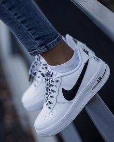 Nike Airforce Sneakers of the Month, # Sneakers - Turns ., Nike Airforce sneakers of the month, # Sneakers - sneakers - New Sneakers, Sneakers Fashion, Sneakers Nike, Nike Trainers, Fashion Shoes, Fashion Fashion, Nike Fashion Outfit, Street Fashion, Tumblr Sneakers