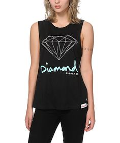 Get your shine on with this ultra soft pure cotton muscle tee that features a boyfriend fit with cut-off sleeves and a Diamond Supply Co. logo graphic at the front.