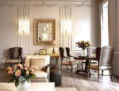 HOUSE TOUR: A Diplomat's Inviting, Yet Polished, London Home  - ELLEDecor.com http://georgiapapadon.com/