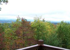 Blue Ridge, Georgia - Sunset Ledge vacation cabin rental courtesy of Enchanted Mountain Retreats. Visit us at http://www.georgiaemr.com/Unit.mvc/Details/55642 for booking information.