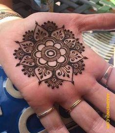 Advice About Hobbies That Will Help Anyone – Henna Tattoos Mehendi Mehndi Design Ideas and Tips Mehndi Designs For Beginners, Mehndi Designs For Girls, Wedding Mehndi Designs, Mehndi Designs For Fingers, Mehndi Art Designs, Latest Mehndi Designs, Simple Mehndi Designs, Mehndi Simple, Geometric Designs