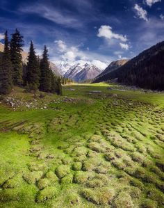 The Land of Jeti Oguz by Sergey Sutkovoy on 500px  )