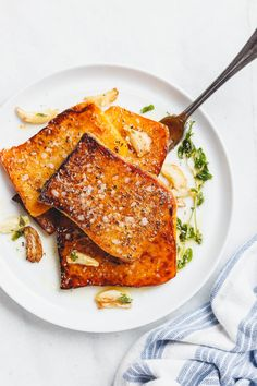 Garlic Butter Butternut Squash Steaks - Melt-in-your-mouth tender and packed with flavor! A super easy and delicious side dish for the holidays. Steak Recipes, Vegetable Recipes, New Recipes, Vegetarian Recipes, Cooking Recipes, Favorite Recipes, Healthy Recipes, Healthy Meals, Holiday Recipes