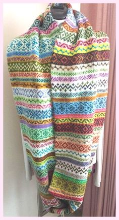 Ravelry: Leftovers Cowl pattern by Wendy D. Johnson Ravelry: Leftovers Cowl pattern by Wendy D. Fair Isle Knitting Patterns, Fair Isle Pattern, Knitting Stitches, Knitting Designs, Knit Patterns, Knitting Projects, Knitting Tutorials, Knitting Ideas, Stitch Patterns