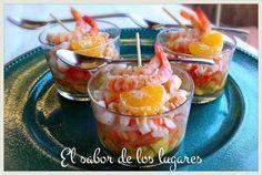 Un entrante o primer plato refrescante y original: salpicón de aguacates y langostinos