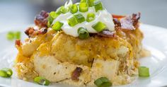 Loaded Bacon Chicken Tater Tot Casserole This easy to make casserole is loaded up with only the good stuff! Tater Tot Casserole, Casserole Dishes, Enchilada Casserole, Tater Tots, Chicken Casserole, 12 Tomatoes Recipes, Chicken Recipes, Chicken Bacon, Lemon Chicken