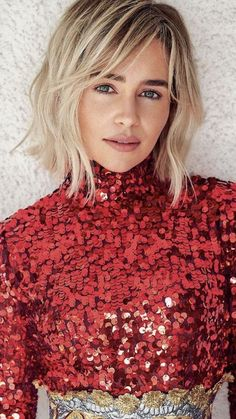 emilia clarke How The Mother of Dragons Stayed Fit for All 8 Seasons of Game of Thrones Medium Hair Styles, Short Hair Styles, Brown Blonde Hair, Short Blonde Bobs, Grunge Hair, Great Hair, Hair Today, Hair Looks, Hair Lengths