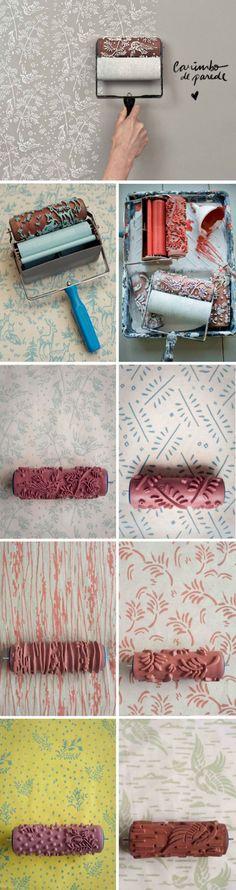 Adorei a dica da Collector55 - um rolinho cheio de desenhos que funciona como um carimbo para pintar a parede. O efeito é de um papel de parede. Lindo!