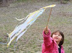 Paper Plate Kite by @amandaformaro Crafts by Amanda