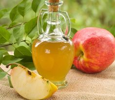 Apple Cider Vinegar for Acne.How to Use Apple Cider Vinegar for Acne? Various Benefits of Apple Cider Vinegar. How to Treat Acne with Apple Cider Vinegar? Home Remedies For Psoriasis, Homemade Apple Cider, Apple Cider Vinegar, Natural Treatments, Natural Remedies, Acne Remedies, Acne Treatments, Cold Remedies, Home Remedies