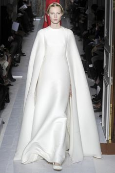 Bridal trends from Paris Couture: Ivory outerwear at Valentino haute couture spring 2013