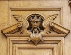 texture ornament wood wings hound head curl