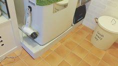 埃や髪の毛がすぐ溜まる洗濯機下。防水パンにカバーをつけたら、見た目もスッキリしました。