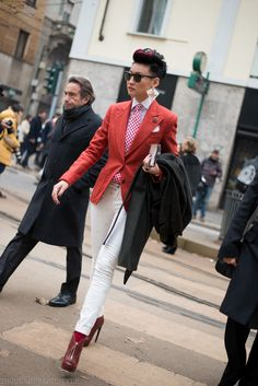 Milan Fashion Week, Esther Quek leaves D&G, if you follow @thousandyardstyle you caught it LIVE