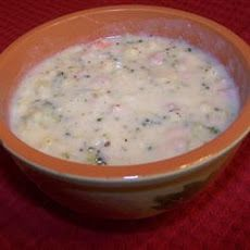 Potato, Ham, Broccoli and Cheese Soup with Baby Dumplings- I am so making this! :) yummmm