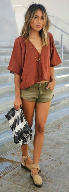 Amazing 43 Couple Summer Outfits for Walking on the Street http://inspinre.com/2018/02/22/43-couple-summer-outfits-walking-street/