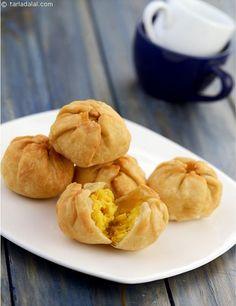 Mag Dal Ni Kachori ( Gujarati Recipe) recipe | Gujrati Recipes | by Tarla Dalal | Tarladalal.com | #564