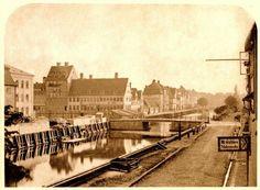Christianshavns Torv og Børnehusbroen 1865