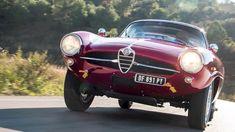 Alfa Romeo Giulietta Sprint Speciale / Motor Clásico Alfa Romeo Gtv 2000, Alfa Romeo Giulia, Small Luxury Cars, Car Videos, Antique Cars, Classic Cars, Vehicles, Dream Garage, 4 Life