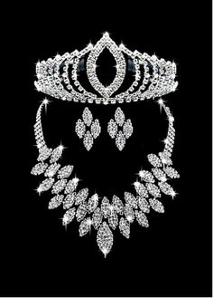 Glamorous First Class Austrian Diamonds & Alloy Necklace & Earrigs & Tiara For Your Fabulous Wedding Dress