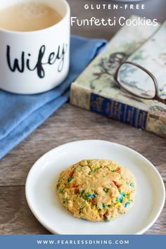 These gluten free funfetti sugar cookies make a delicious snack or dessert. Full of rainbow sprinkles, this easy sugar cookie recipe is a winner. Drop cookie style, or roll and refrigerate for slice and bake. Gluten Free Party Food, Best Gluten Free Cookies, Dairy Free Snacks, Gluten Free Appetizers, Gluten Free Recipes, Funfetti Cookie Recipe, Sugar Cookie Recipe Easy, Easy Sugar Cookies, Funfetti Cookies