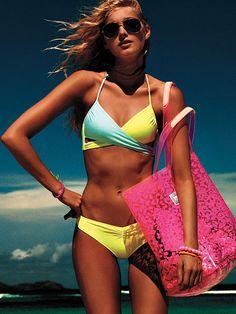 Beach Tote Bag PINK . Want the Bikini Top!!