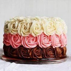 Que divino, tres sabores  Recuerden que hay muchas recetas en nuestra página web www.meencantaelchocolate.com  #love #TagsForLikes.com #TagsForLikesApp #instagood #smile #follow #cute #photooftheday #tbt #followme  #cake #beautiful #happy #picoftheday #instadaily #food #swag #amazing #TFLers #fashion #igers #chocolate #summer #instalike #bestoftheday #smile #like4like #friends #instamood #chocolates #fitness