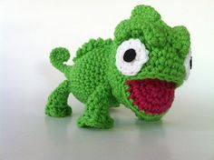 So CUTE!!!! Pascal is my new favorite Disney sidekick!
