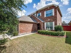 Open House on Saturday from 12-2pm - Contact The Jessica Hargis Group at 469 351 9516 for more info today!  http://qoo.ly/hepnt