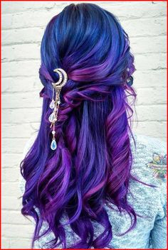 Blue Purple Hair Color Ideas make-up/Hair Hair dye colors violet color dye - Violet Things Cute Hair Colors, Pretty Hair Color, Hair Dye Colors, Violet Hair Colors, Vivid Hair Color, Blue Purple Hair, Ombre Hair Color, Purple Hair Dyes, Color Streaks