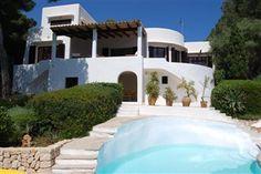 Luksusvilla i Cala D'or (#Mallorca) - poolen går næsten i ét med havet! Se flere fantastiske billeder på www.feriebolig-spanien.dk/5495