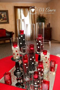 Casino party table red black red wedding, wedding decorations и wedding cen Wedding Centerpieces, Wedding Decorations, Table Decorations, Fète Casino, Casino Night, Casino Decorations, Red Wedding, Party Wedding, Wedding Ideas